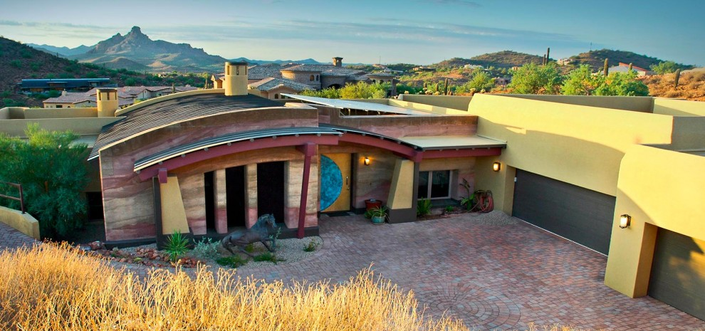Solar-passive-luxury-home_Fountain-Hills_front